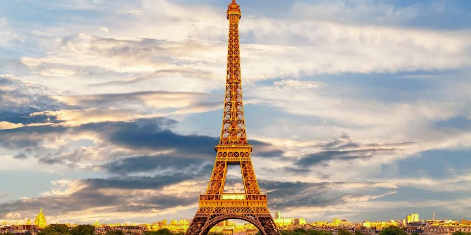 2-eiffel-tower-3349075-1920-1567422966