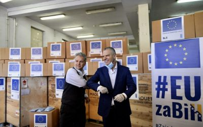 Ambasador Sattler uručio kvalitetnu medicinsku opremu za bolnice širom BiH